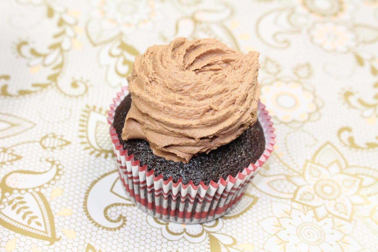 cupcake jemma chocolate cupcakes shoutjohn 5