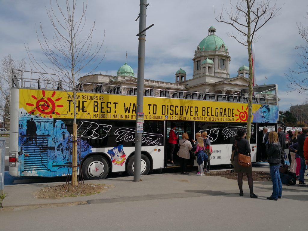 Grad kakvog ne znate: Doživite Beograd iz autobusa na sprat (VIDEO)