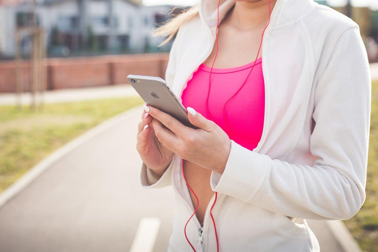 Dodatna oprema za mobilne telefone koja će vam olakšati svakodnevicu